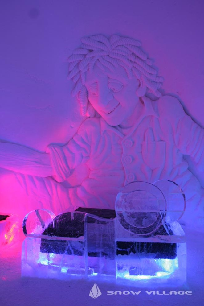 ice-suite5a-snowvillage-lainio2013