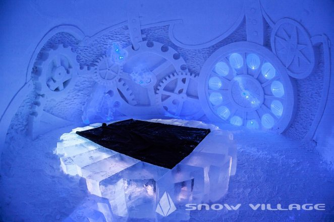 ice-suite8a-snowvillage-lainio2013
