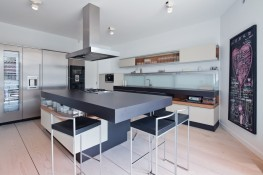 modern-Bucharest-home-10